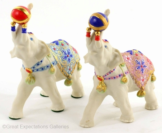 CIRCUS ELEPHANT ALEXANDER by Cybis in regular and special coloration View A