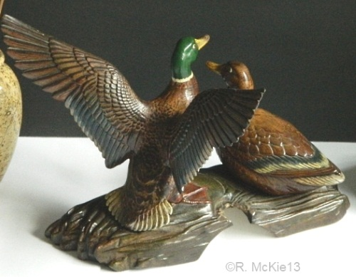 h29b-holland-mold-duck-pair-lamp-base