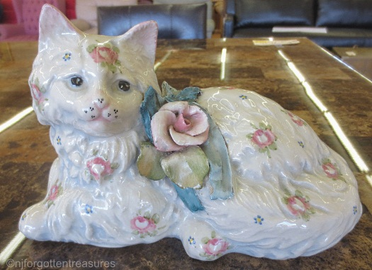 Cordey cat with roses example 2