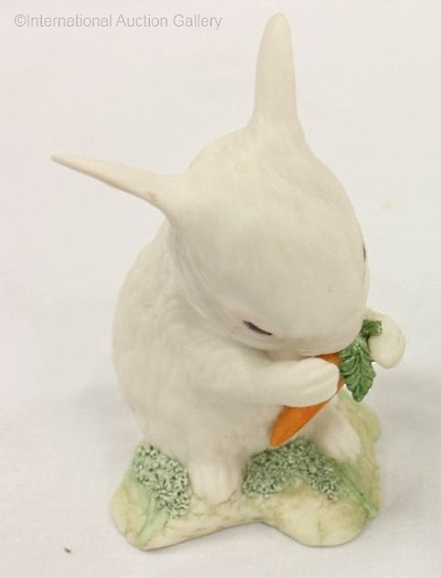 BUNNY PAT A CAKE IN WHITE WITH CARROT by Cybis view 1