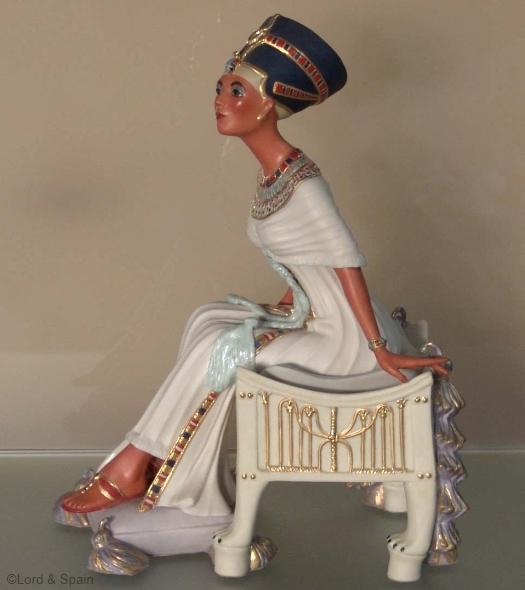 Nefertiti by Cybis view 2