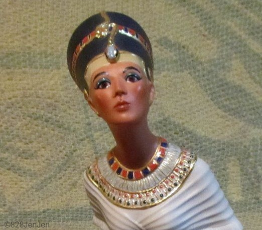 nefertiti-detail