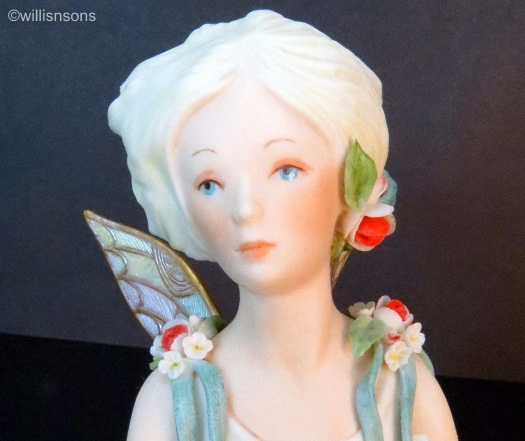 Queen Titania with red and white flowers