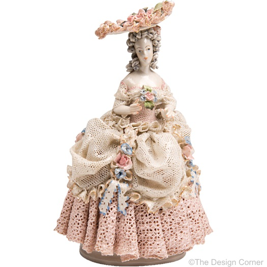 Cordey lady in dipped lace dress