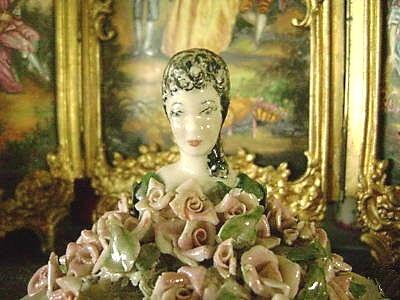 Cordey ladyhead rose box detail