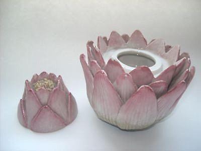 Cordey flower jar open