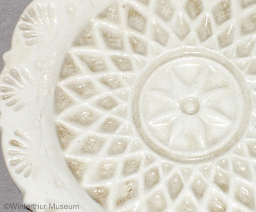 Flower Lace and Wheat cup plate detail