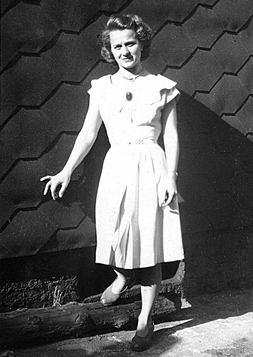 Marylin Kozuch circa 1940s Brooklyn
