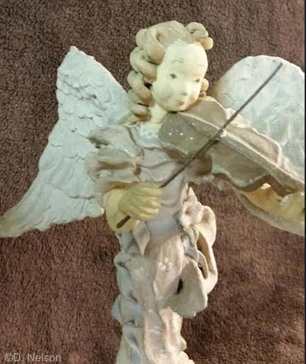 Violinist upper body detail view 1